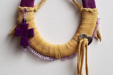 HShoe leather purple cross