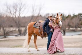 Clay-Honeycutt-and-Ashley-Honeycutt-Compton-Cowboys-Briggs-Performance-Horses-in-Pilot-Point-Texas-by-Kirstie-Marie-Photography_0022